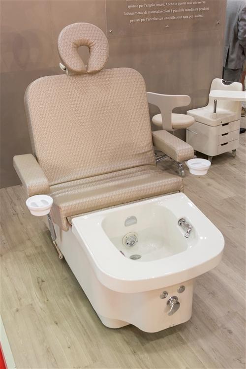 Manicure Table For Sale >> New Massage Table Bed Chair with Professional Spa bed and Massage Chair of salon furniture and ...