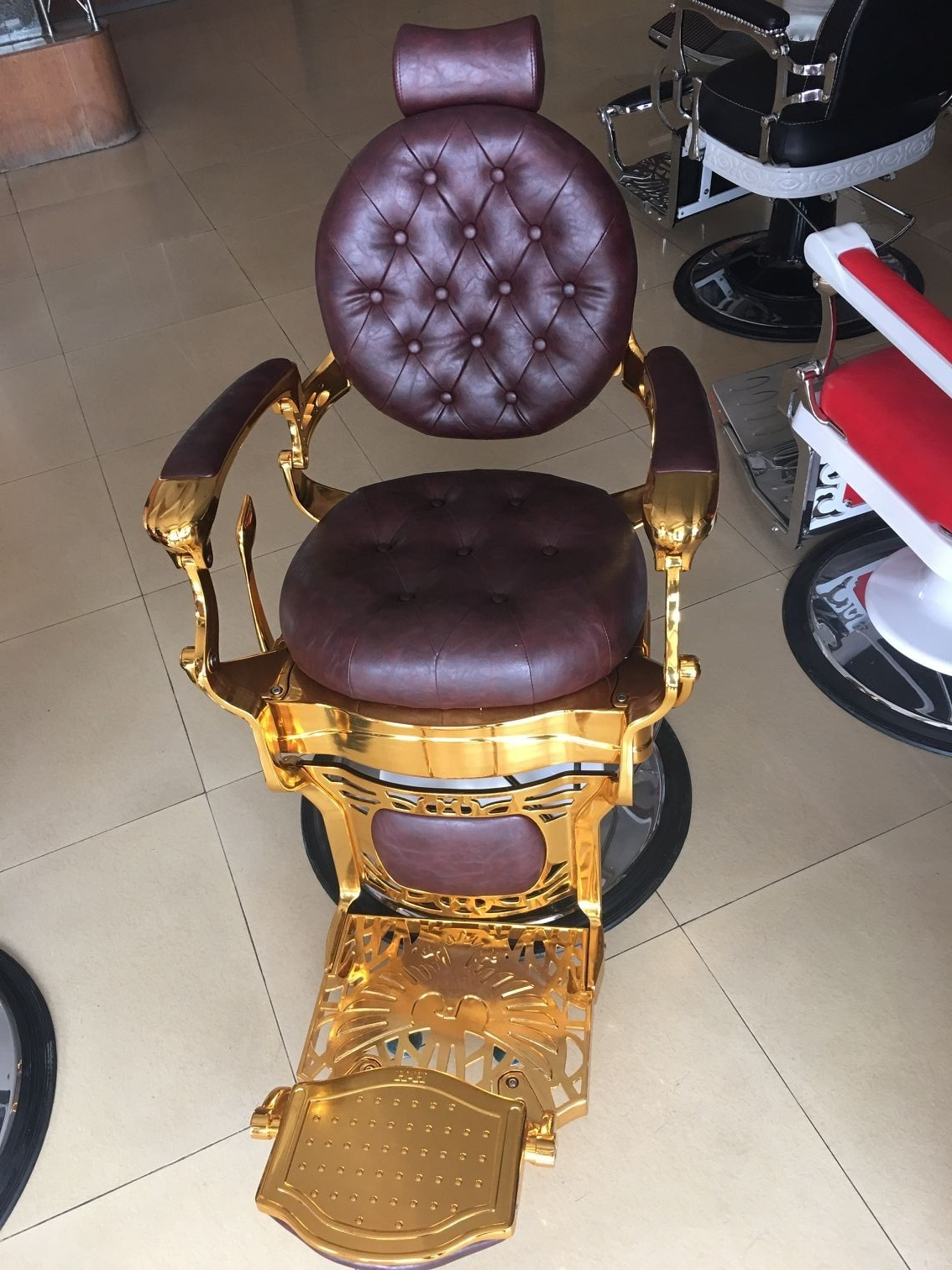 Manicure Table For Sale >> barber chair hydraulic,golden barber chair,luxury style ...